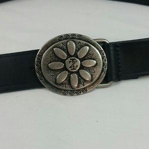 Izod black leather belt silver buckle     Sz L
